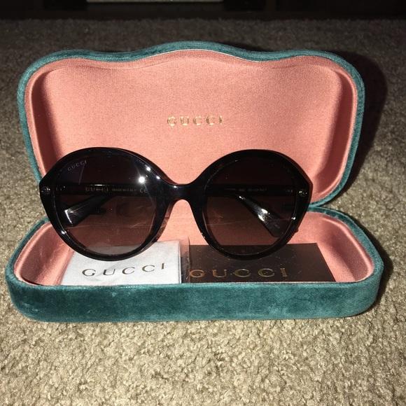 1b21754870b Gucci Accessories - Women s Gucci Sunglasses
